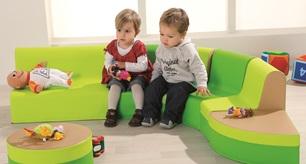 mobilier petite enfance. Black Bedroom Furniture Sets. Home Design Ideas