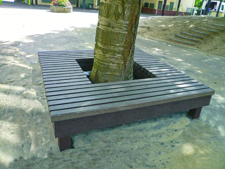banquette tour d 39 arbre bain de soleil plastique recycl non d charg. Black Bedroom Furniture Sets. Home Design Ideas