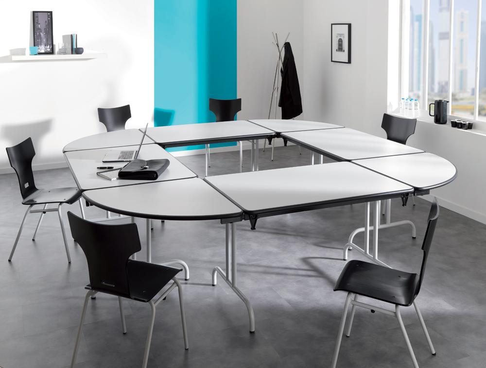 Tables pliantes awesome tables pliantes en bois rondes for Petites tables pliantes