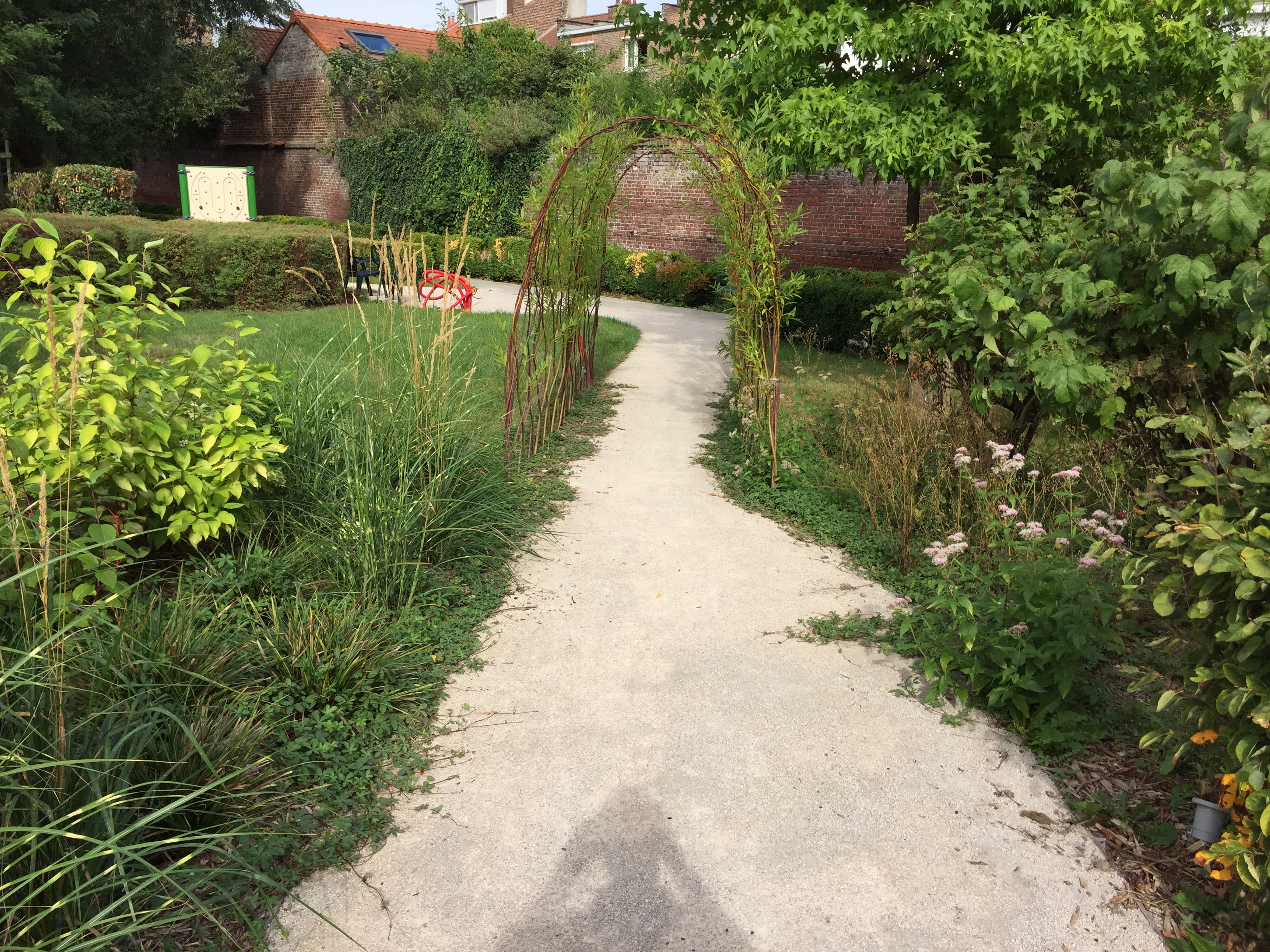 Ehpad Le Jardin Therapeutique Comme Remede